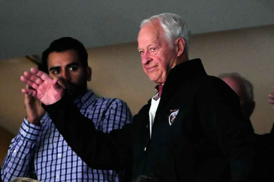 Gordie Howe's condition improving following stem cell treatment